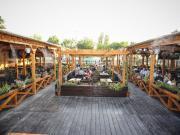 Terasa Berarilor (Garden Club)