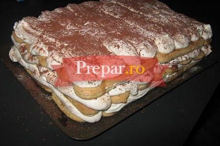 Foto 1 - Tort cu crema la rece