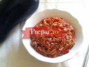 Salata de vinete cu ardei capia tocat in salata