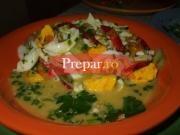 Salata de oua cu legume si verdeturi