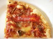 Pizza cu ciuperci si kaizer