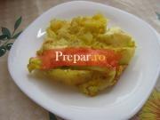 Cartofi la cuptor cu oua si cas