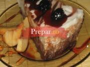 Placinta cu iaurt cu fructe