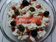Salata delicioasa cu surimi