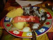 Ficatei prajiti si cartofi la cuptor
