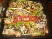 Pulpe de pui cu orez brun si legume