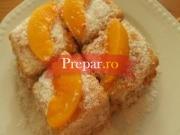 Prajitura cu biscuiti si fructe