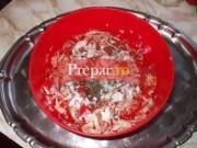 Salata de varza cruda cu rosii