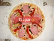 Pizza de iarna cu gogosari