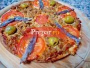 Pizza cu ton si anchoa