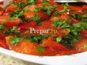 Salata de ardei prajiti
