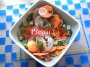 Salata de ridichi si castraveti