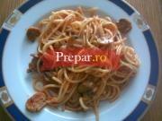 Spaghetti cu peste si ciuperci