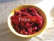 Salata de sfecla rosie