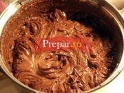 Crema de ciocolata pentru tort