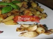 Cartofi prajiti cu usturoi