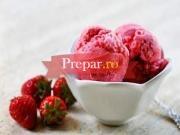 Inghetata cu iaurt si fructe