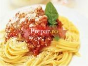 Spaghete Bolognese cu carnat de casa