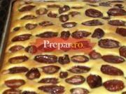 Placinta cu prune(foarte rapida si usor de pregatit)