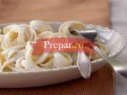 Spaghete simple cu branza