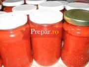 Gogosari in suc de rosii
